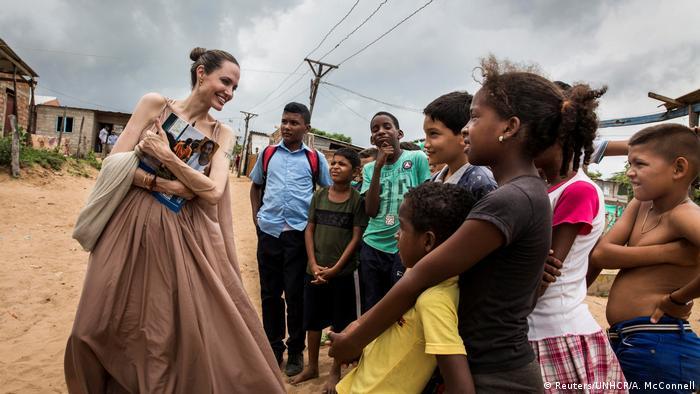 Angelina Jolie UNHCR Sondergesandte in Kolumbien (Reuters/UNHCR/A. McConnell)
