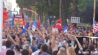 Albanien Anti-Regierungsproteste in Tirana (DW/A. Ruci)
