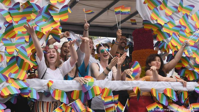 Polen: Pride-Parade in Warschau (Getty Images/AFP/J. Skarzynski)