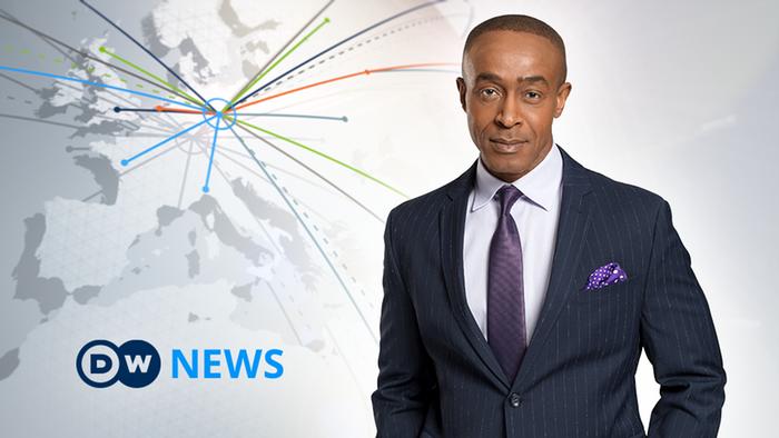 DW News Moderator Michael Okwu (Artikelbild)