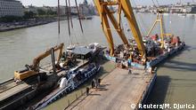 Ungarn Budapest Unglück Touristenboot   Bergung des Wracks