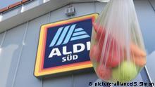 Aldi Plastiktüte Aldi will Geld für duenne Plastiktueten verlangen.