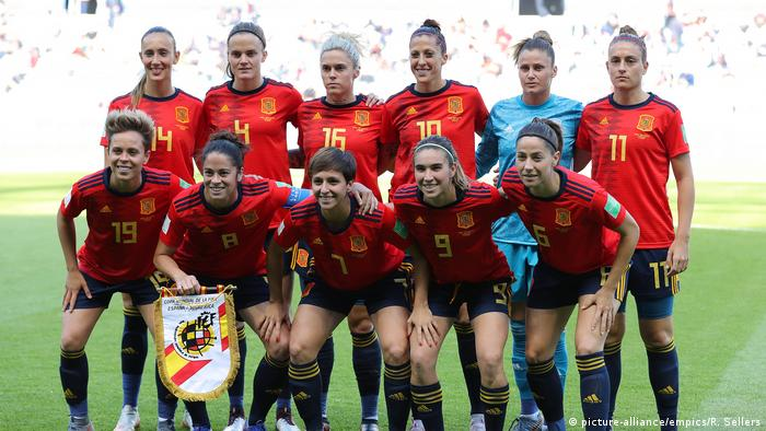Spanische Nationalmannschaft Frauen WM (picture-alliance/empics/R. Sellers)