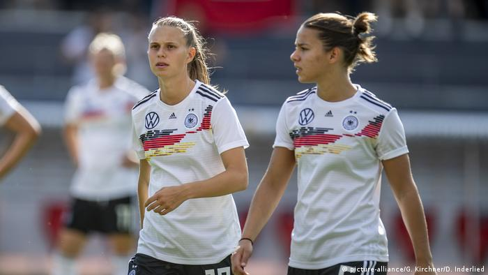 DFB-Frauennationalmannschaft Deutschland-Chile (picture-alliance/G. Kirchner/D. Inderlied)