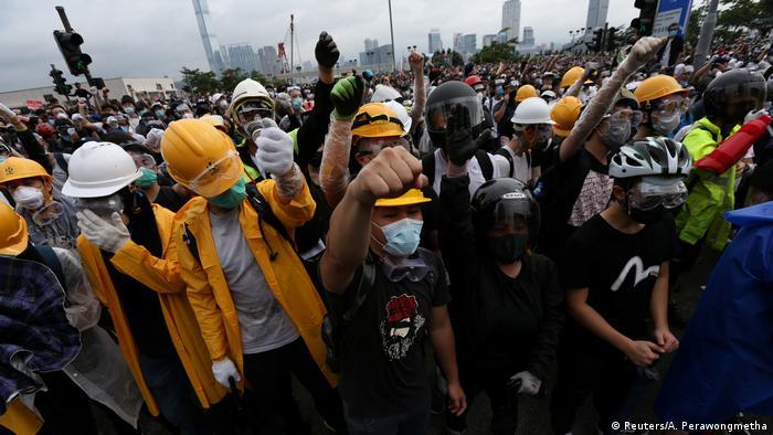 Hongkong Demonstration gegen das Zulassen von Auslieferungen nach China (Reuters/A. Perawongmetha)