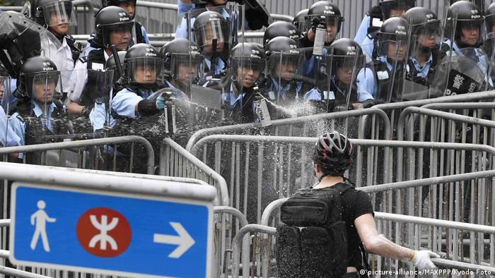 Hong Kong - Demonstration gegen das Zulassen von Auslieferungen nach China (picture-alliance/MAXPPP/Kyodo Foto)