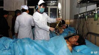 معدنچی مجروح در بیمارستان