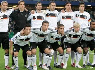 German national team (photo: AP Photo/Joerg Sarbach)