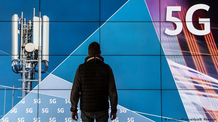 5G Mobilfunkauktion (picture-alliance/dpa/B. Roessler)