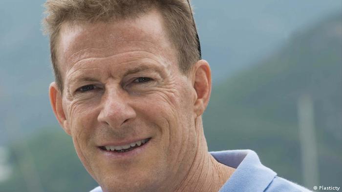 Name Doug Woodring | Vorstandsvorsitzender von Plasticity