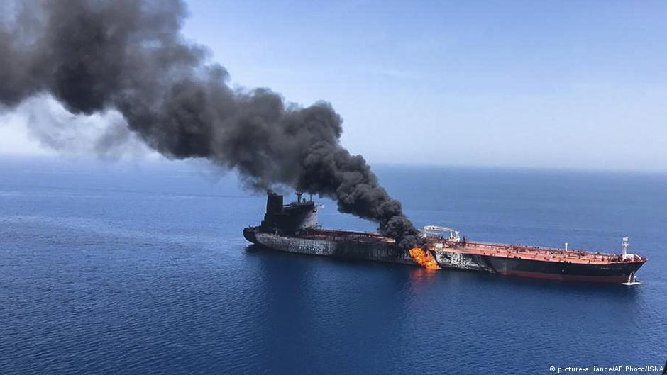 【超絶悲報】ドイツ・メルケル首相までもがイランのタンカー攻撃説を支持