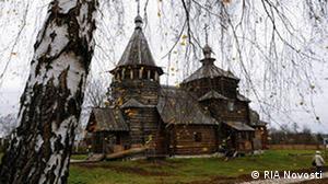 Russland Susdal Holzkirche im Freilichtmuseum