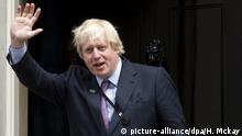 Boris Johnson vor Downingstreet 10