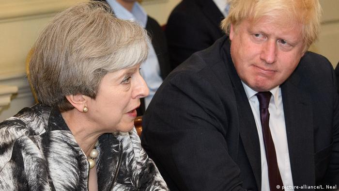 Theresa May y Boris Johnson.