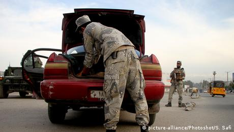 Afghanistan Sicherheitskontrollen in Nangarhar