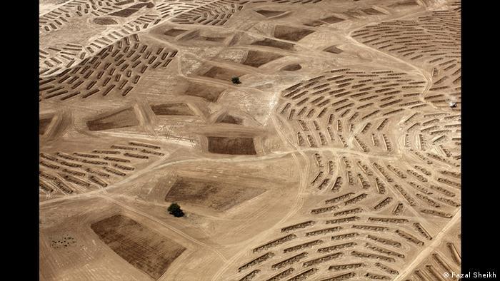 Aerial view of the Negev Desert, photo by Fazal Sheikh, From the Desert Bloom series, 10/9/2011 (Fazal Sheikh)