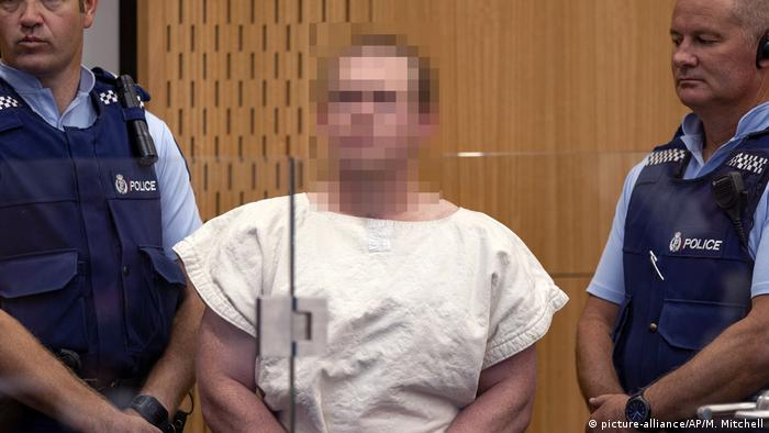 New Zealand mosque shooter pleads guilty to terrorism | DW | 26.03.2020