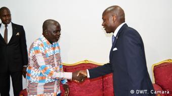 Guinea-Bissau Präsident José Mário Vaz - Treffen mit Führern der Parteien (DW/T. Camará)