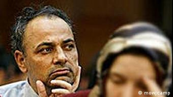 Ahmad Zeydabadi, iran. Journalist beim Schauprozess im Oktober 2009
