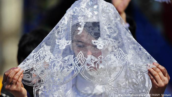 منظمة حقوقية: العطلة الصيفية موسم الزواج القسري للفتيات