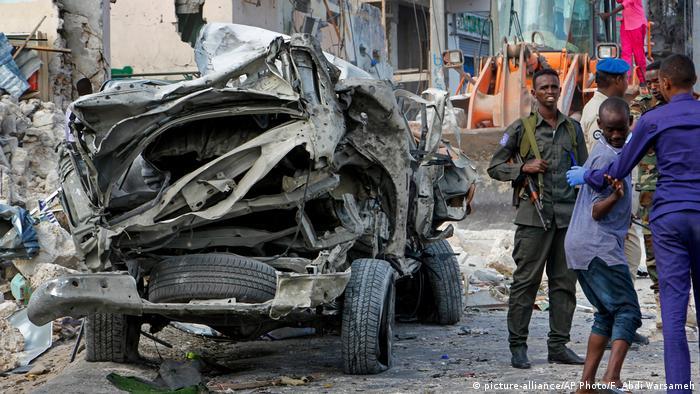 Detonated car bomb in Mogadishu