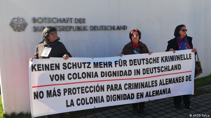 Manifestación de la Agrupación de Familiares de Detenidos Desparecidos de Talca. Santiago, Chile. 15.06.2019.