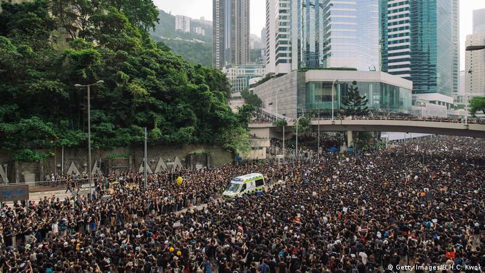 Hongkong Massenproteste gegen Regierung (Getty Images/B.H.C. Kwok)