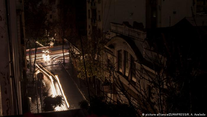 Blackout in Buenos Aires (picture-alliance/ZUMAPRESS/R. A. Aveledo)
