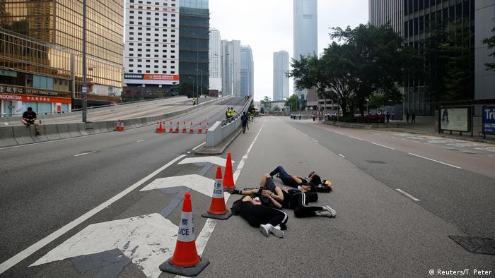 Hong Kong Protest gegen Auslieferungen nach China (Reuters/T. Peter)