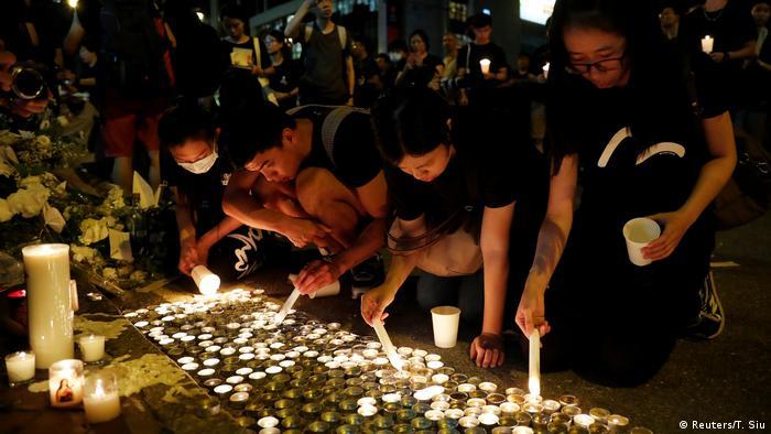 Hongkong Massenproteste gegen Regierung (Reuters/T. Siu)