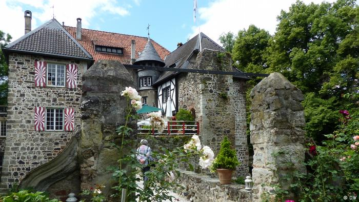 Замок Леде