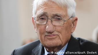 Jürgen Habermas, deutscher Philosoph (picture-alliance/dpa/A. Dedert)