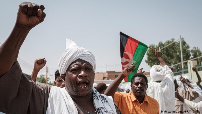 Sudan Demonstrationen in Omduran (Getty Images/AFP/Y. Chiba)
