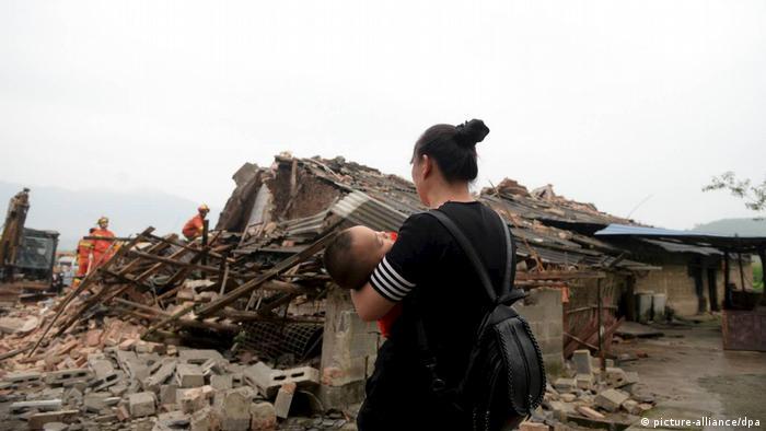 Sichuan earthquake rubble