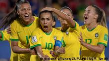 FIFA Frauen-WM 2019 | Italien v Brasilien (picture-alliance/ZUMAPRESS/M. Smith)