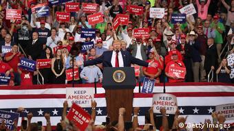 Πολλούς και φανατικούς φίλους έχει ο Ντόναλντ Τραμπ στη Φλόριντα