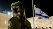 Israel IDF Soldatin Zeremonie