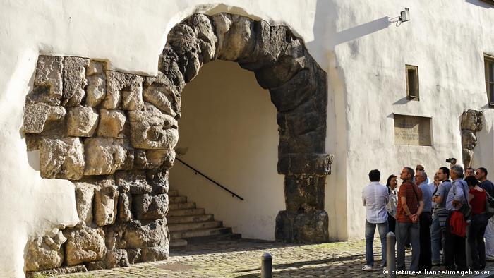 Porta Prätoria Regensburg (picture-alliance/imagebroker)