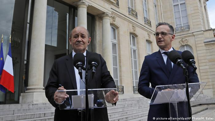 Heiko Maas (right) and Jean-Yves Le Drian (left)