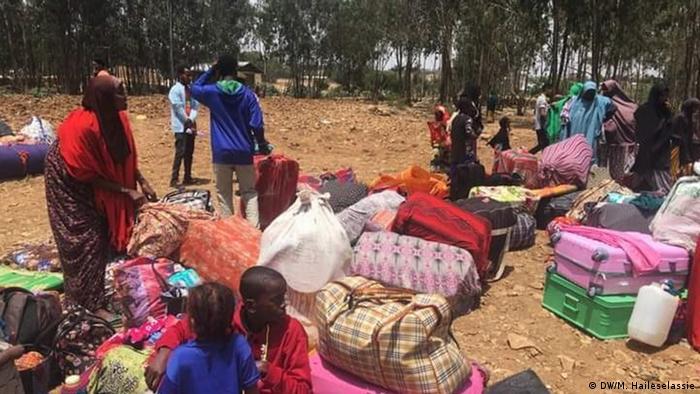 Äthiopien | Mehr als 200 Somalis sind in Zalanbessa von Tigray gestrandet, nachdem sie gezwungen wurden, Eritrea zu verlassen (DW/M. Haileselassie)