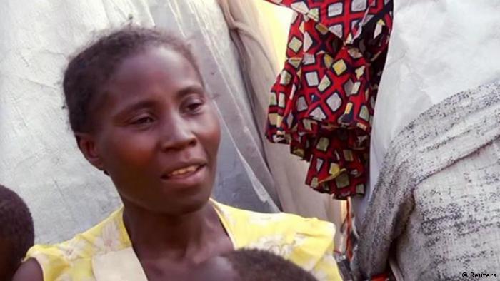 Demokratische Republik Kong | Hema-Angehörige Esther Nzale berichtet Reuters TV von ihrer Flucht aus ihrem Heimatdorf Kpatsi