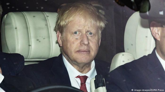 Boris Johnson nach der Tory-Abstimmung (imago-images/ZUMA Press)