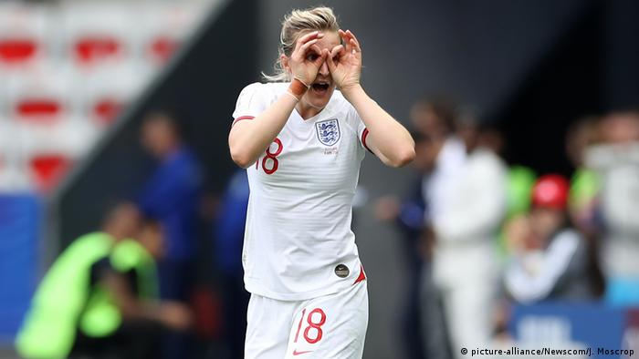 FIFA Frauen-Fußball-WM - England vs. Schottland (picture-alliance/Newscom/J. Moscrop)