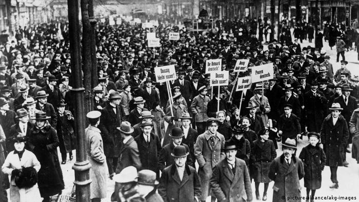 A 1919 protest against the Versailles Treaty in Weimar, Germany