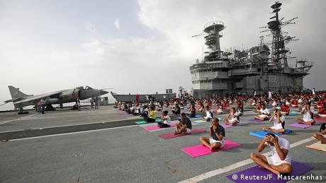 International Yoga Day (Reuters/F. Mascarenhas)