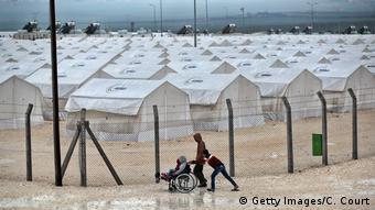 Η Τουρκία φιλοξενεί εκατομμύρια πρόσφυγες