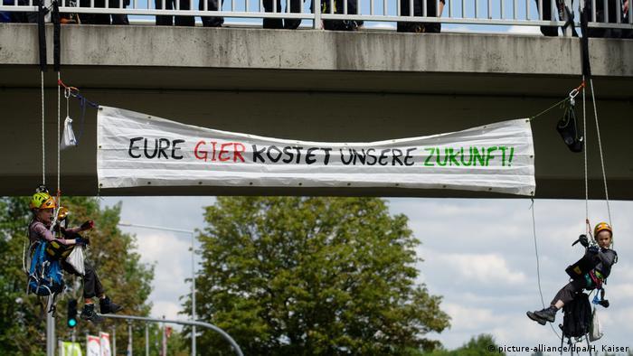 Deutschland   Klimademonstration Fridays for Future - Aachen