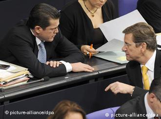 Guttenberg and Westerwelle in the Bundestag