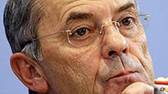 Der ehemalige Generalinspekteur der Bundeswehr, Wolfgang Schneiderhan (Foto: AP)