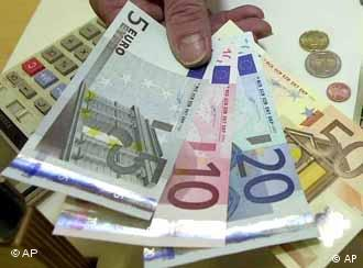 The euro is supplanting the koruna, forint and zloty